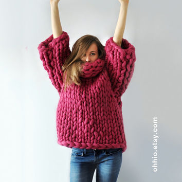 Mezzo punto. Super sweater. Oversize sweater. Merino wool. Cozy, warm, smoth.