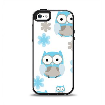 The Subtle Blue Cartoon Owls Apple iPhone 5-5s Otterbox Symmetry Case Skin Set