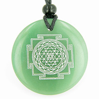 Sri Yantra Chakra Talisman Green Quartz Magic Pendant Necklace