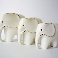 Collection of 3 Vintage Elephant Figurines by oppning on Etsy