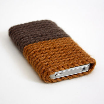 SALE iPhone Cell Phone Sleeve in Caramello