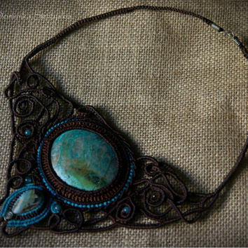 chocolate brown macrame choker with big turquoise & quartz stone // Chrysocolla // half moon choker // macrame necklaces // filigree