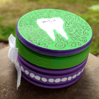 Dear Tooth Fairy  assorted little wooden boxes by LosDiasDeRamen