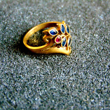 Beautiful 18k gold bohemian ring-Yellow gold sapphire and ruby vintage ring-Leaf gemstone ring-Antique artisan ring for women