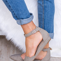 Carolina Scalloped Ankle Strap Flat (Stone)