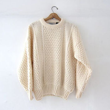Vintage natural white wool sweater. Oversized sweater. Chunky knit pullover. Fishermans sweater. Irish knit sweater.