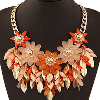 Red Floral And Leaves Beaded Necklace