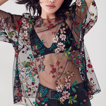 Kimchi Blue Alana Floral Embroidered Sheer Relaxed Top | Urban Outfitters