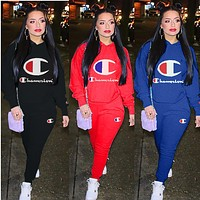 Champion sells fashionable women's big printed, round-neck, long-sleeved sweater suits