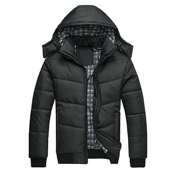 2016 Winter Coat Men quilted black puffer jacket warm fashion male overcoat parka outwear cotton padded hooded coat