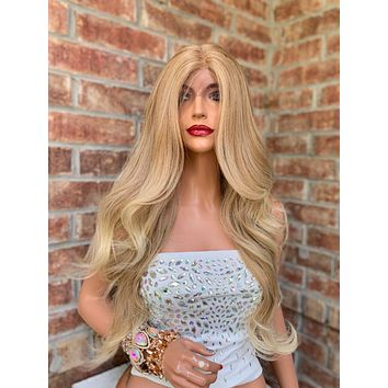 Light Honey Blond Lace Hair Wig   Middle Parting   Princess 0519