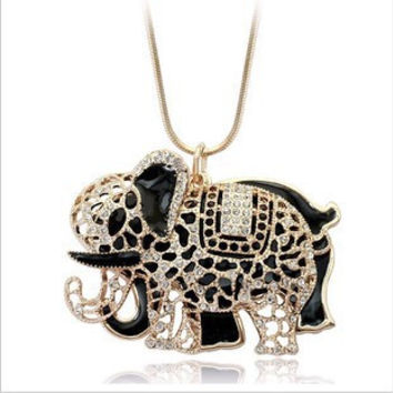 High Quality Vintage Necklaces Zinc Alloy Crystal Jewelry  Elephant Necklace Pendant Long Popcorn Chain Necklace For Women