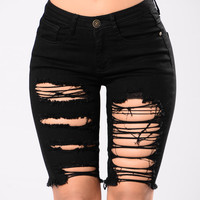Near Or Far Shorts - Black