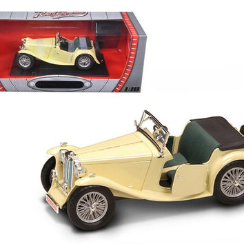 1947 MG TC Midget Yellow 1-18 Diecast Model Car by Road Signature