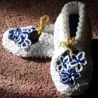 Handmade Crochet Adult Flower Slippers/House Shoes with Front Ties