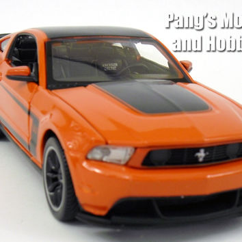 Ford Mustang Boss 302 2012 Diecast 1/24 Model by Maisto