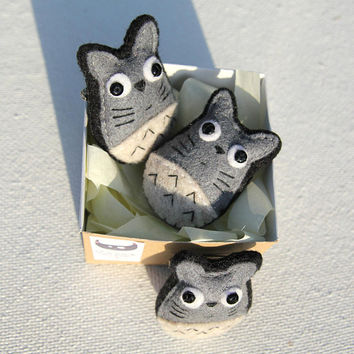 Mini felt accessory my neighbour totoro pin. Jewellery miniature kawaii pin totoro