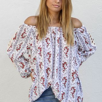 Meet Up Off White Floral Print Top