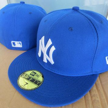 LMFON New York Yankees New Era MLB Authentic Collection 59FIFTY Cap Blue-White