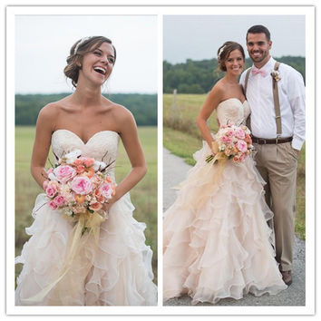 Blush Pink Country Wedding Dresses with Ruffles Sweetheart  Lace Beads Court Train Vintage Bridal Gowns Open Back