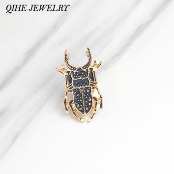 QIHE JEWELRY Brooches & pins Insect pins Animal jewelry Denim jacket hat bag Pin Badge Fashion jewelry Brooches wholesale