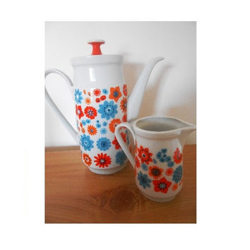 Floral Mod Midcentury Flower Power Teapot Coffee Pot or Jug- 1960s 1970s