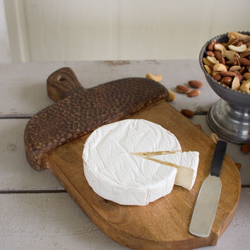 Cutting Board- Acorn with Cheese Knife