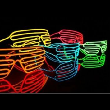 Electro Luminenscence Glasses