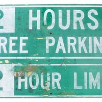 Green & White Free Parking Sign
