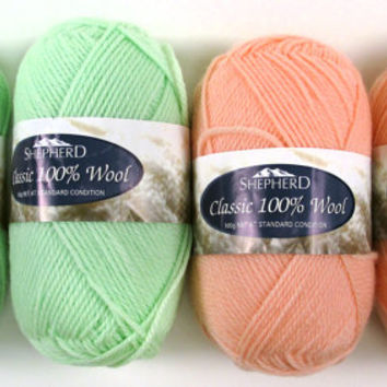 4 Balls 100% Wool Yarn Shepherd Australia - Light Worsted Sport - Pastel Mint Green Soft Peach Coral