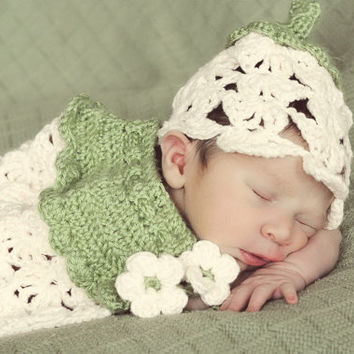 Crochet Newborn Flower Hat & Cape Set, Fairy Hat, Newborn Photography, Baby Girl, Photo Prop, Spring Flower Cape, Picture Prop, Pic