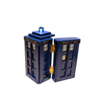Tardis Pulsing LED Ring Holder, Wedding, Engagement Ring Box, Tardis Ring Box