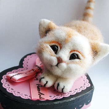 felt cat, cat lover gift , needle felting cat, animal sculpture,  gift for her, gift idea, felt wool animals, collection cat, home decor cat