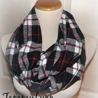 Black White Red CLAN Plaid Check Infinity Scarf Fall Winter Christmas Women's Accessories