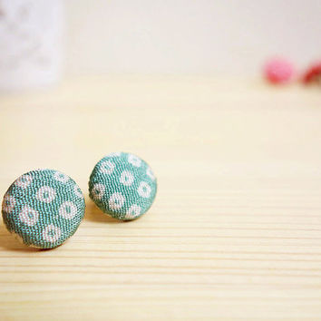 Silk Kimono earrings, Japanese authentic silk Kimono covered button stud earrings - SHINJU - White dot Light blue