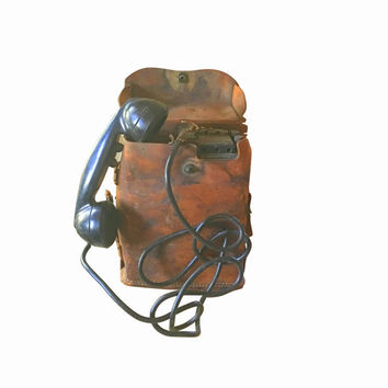 WWII Telephone, Army Field Portable Phone, Vintage Militaria, Retro Gadget, Signal Corps Leather Case Wartime Telephone