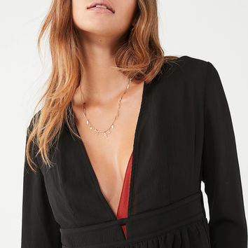 UO Deep V Open-Back Blouse | Urban Outfitters
