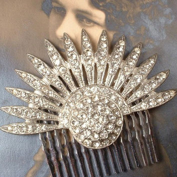 Authentic 1920s Vintage Rhinestone Fan Bridal Hair Comb, Art Deco Flapper Crystal Fur Clip to Hair Accessory Great Gatsby Wedding Headpiece