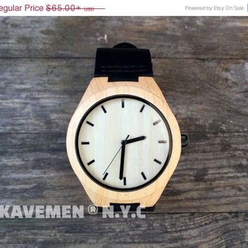 SALE Read Wood Minimalist Watch. Personalized Watch. Mens Wood Watch. Wooden Watch. Watches. Watch. Mens Gift. Black Knight. Kavemen. Manhat