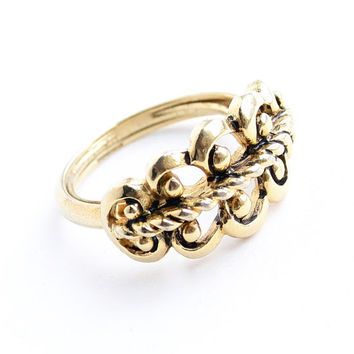 Vintage Stud & Filigree Ring - Adjustable Size 7 Gold Tone 1970s Avon Costume Jewelry / French Filigree