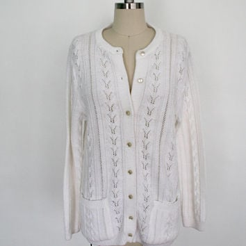 Vintage White Cardigan  / 1970s / Knitted Jumper Sweater  / College Point / Size Medium M Large L
