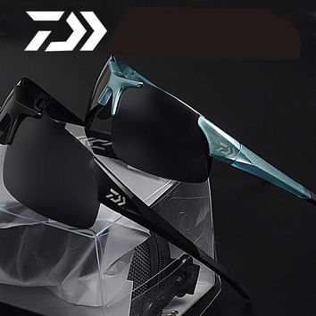 Daiwa outdoor Sport Fishing Sunglasses Men or Women Fishing glasses Cycling Climbing  Sun Glasses with Resin lenses Polarized