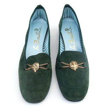New Vintage 60s Shoes Unworn Pumps Green Suede Loafer Flats Fox Horsebit Shoes size 6 1/2