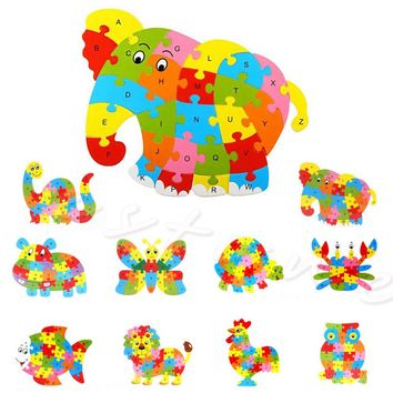 Cute Animal Wooden Puzzle Played Depends on Alphabet for Children Learning