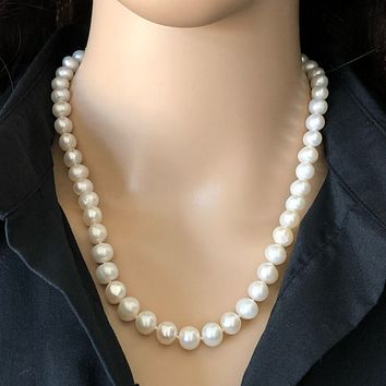 White Pearl 8mm Cultured Pearl Necklace