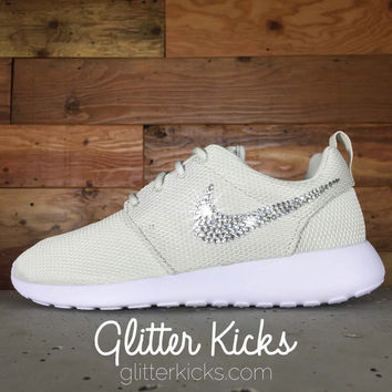 Nike Roshe One Customized by Glitter Kicks - TAN/GOLD
