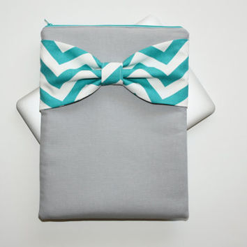 MacBook Pro / Air Case, Laptop Sleeve - Gray with Turquoise Chevron Bow - Double Padded