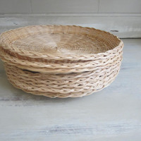 Vintage Wicker Picnic Plate Holders Set of 8 Natural Color Rimmed , Paper Plate Holders for Pot Lucks , Bar BQ , Tailgating