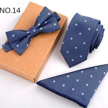 3 Piece Slim Men Tie, Bow Tie and Handkerchief Set - Blue Pattern