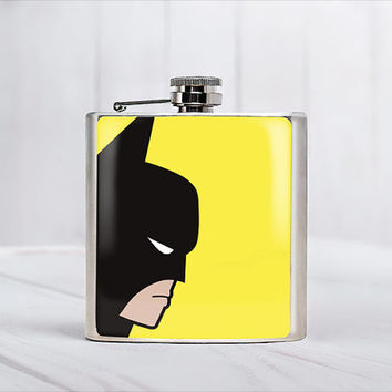 Batman Flask Gift ideas for men Gift ideas for boyfriend Superheroes Super hero favors Super hero flasks Batman birthday Batman wedding 6oz